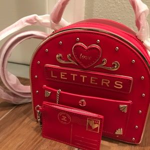 kate spade Bags - Kate spade Yours Truly Mailbox Bag CROSSBODY